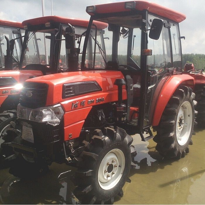 4WD Agricultural Tractor With Cab And Power Of 50hp