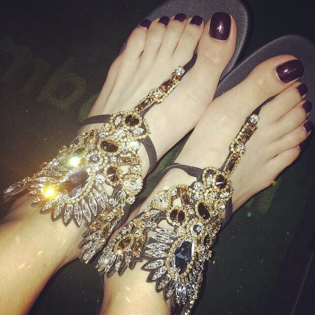 Summer Style Women Genuine Leather Rhinestone Sandals 2015  Flip Flops Suede Flat Sandals Brand Crystal Shoes Size:34-40 Black