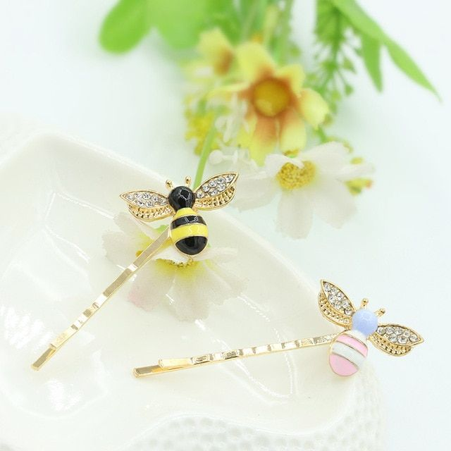 2 Pcs Double Color Cute Cartoon Little Bee Charm Hairpins Girls Hair Clips for  women BB folder Hair Accessories Headwear 2017