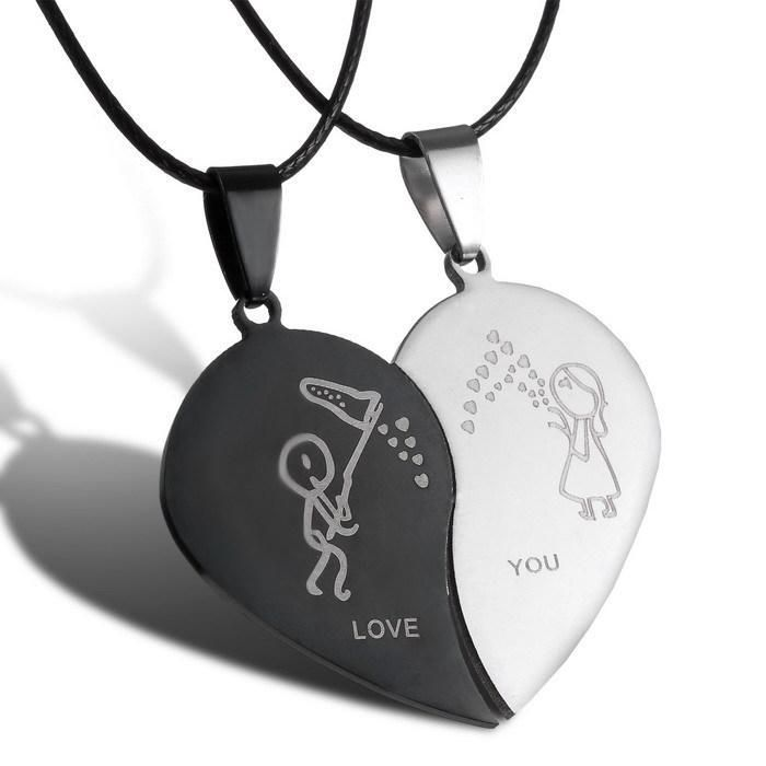 2017 New Style Broken Heart Parts 2 Best Friend Necklaces & Pendants Share With Your Friends Stainless Steel Couple Necklaces