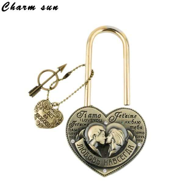 Exclusive design Wedding souvenirs  Lock don't separate, together forever.One-time lock.Lock the brooklyn bridge.Seine lock.