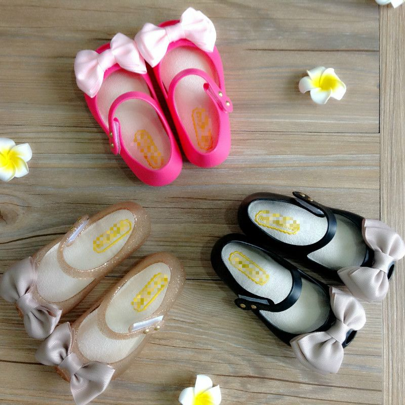 2016 new Girls sandals   jelly shoes Satin bow PVC soft outsole children sandals kids  Rain boots 17cm