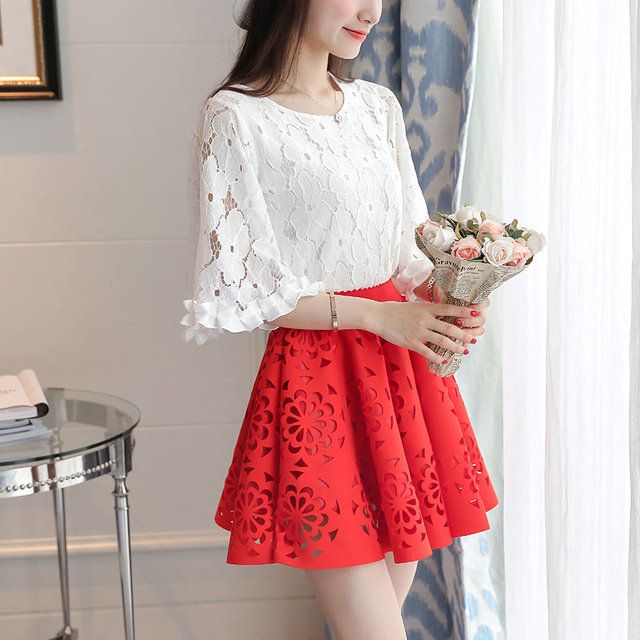 2016 Womens Sets Fashion Hollow Out O-Neck Flare Sleeve 2 Piece Set Women Lace Top And Tutu Skirt Set Summer Womens Sets 8236