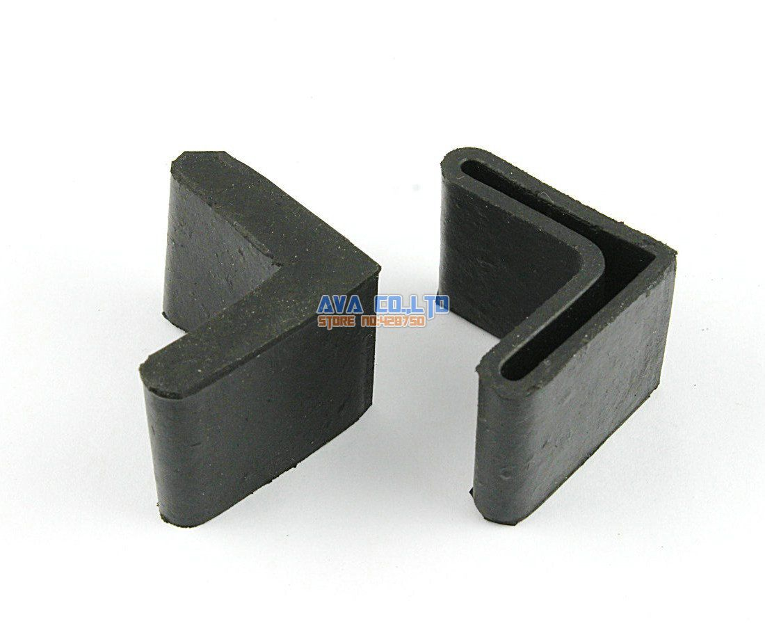 24 Pieces 30 x 30mm L Shape Furniture Feet Rubber Cover Angle Feet Pad Black
