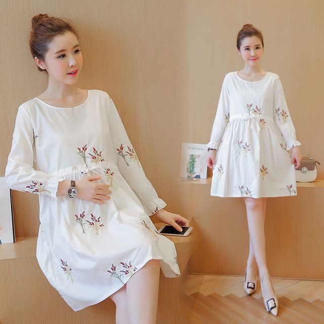 Maternity Clothes Autumn Wear Princess Fashion Cute Embroidery Dresses  For Pregnant Women Elegant Ladies Pregnancy Clothing