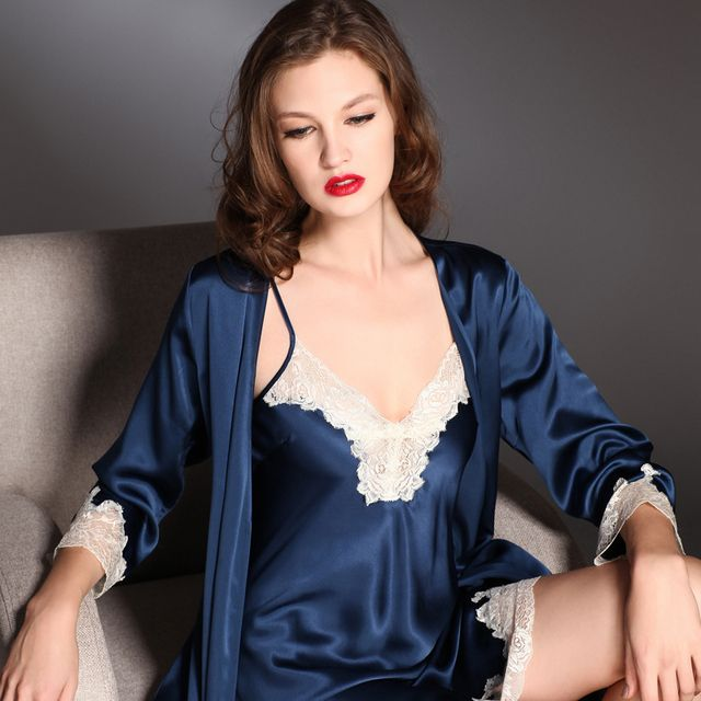 China Top Grade Super Quality New arrival heavy silk laciness twinset sleepwear nightgown robe set female