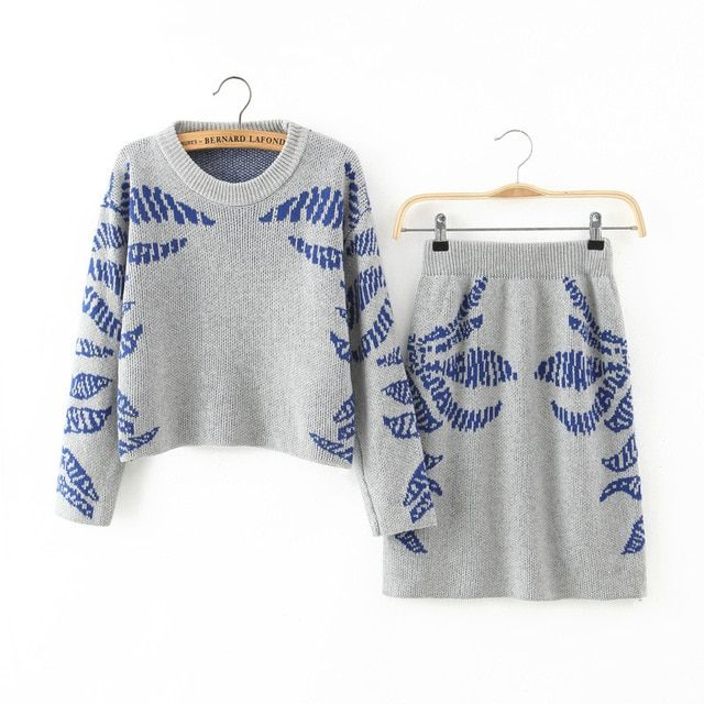 New Fashion 2016 Women Clothing Suit In Autumn/winter Leaf Pattern Knitted Sweater Shirt + Knitting Skirt Sexy Lady Skirts Suit