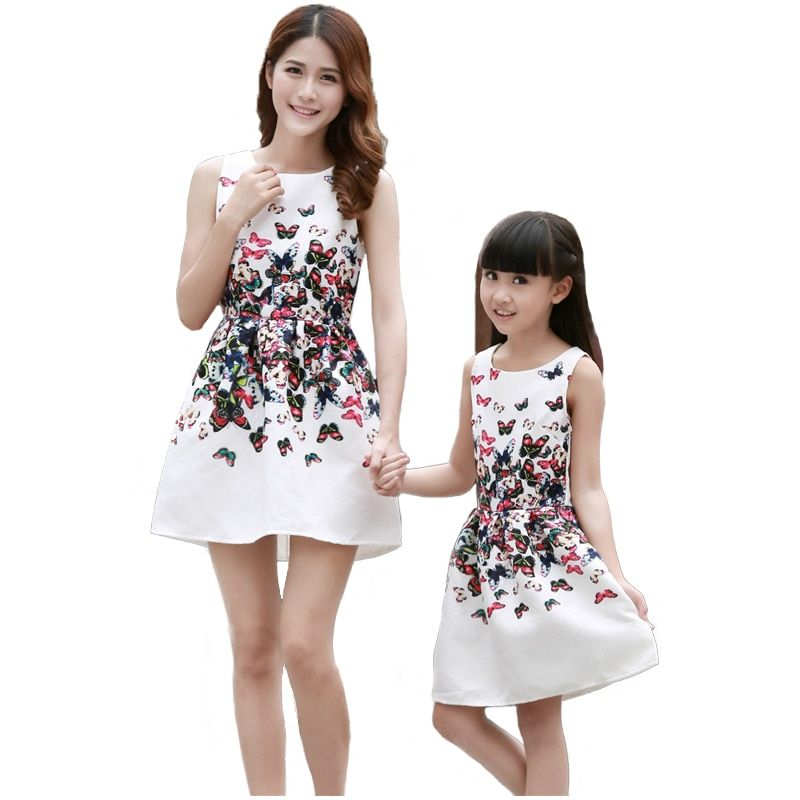 Mother Daughter Dresses 2017 Summer Sleeveless Butterfly Printed Mother and Daughter Clothes Family Look Dress Family Outfits