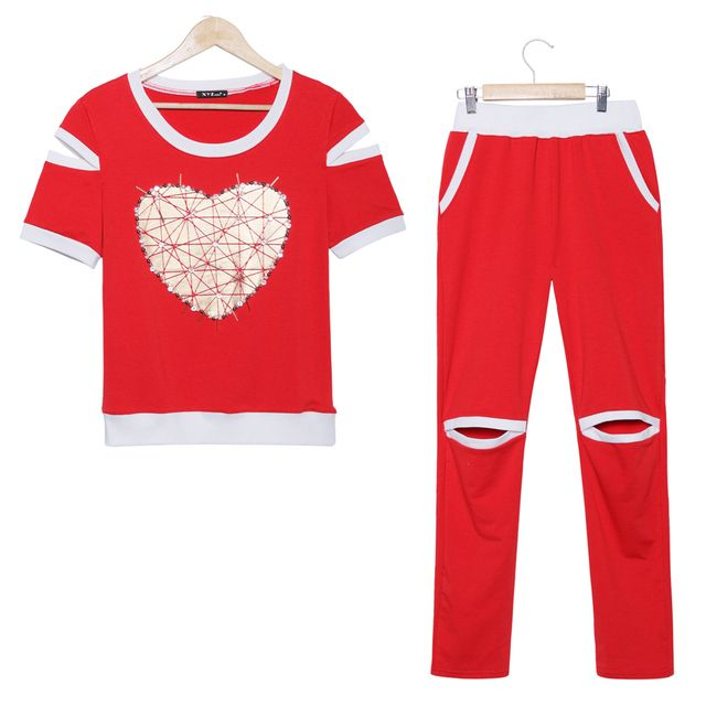 2015 Fitness summer suit women love heart gilding pearls tracksuits short sleeve tops and pants 2 piece set women suit