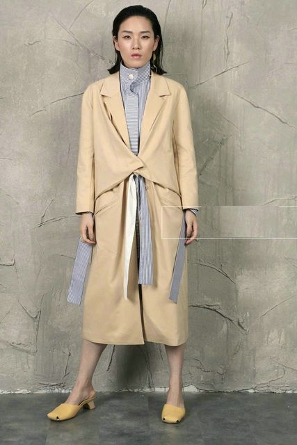 Small recto long outerwear irregular lacing trench H001