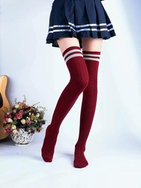 Fashion Pure Cotton Comfortable Breathable Overknee Knitting Socks No Pilling(color and Style Random)