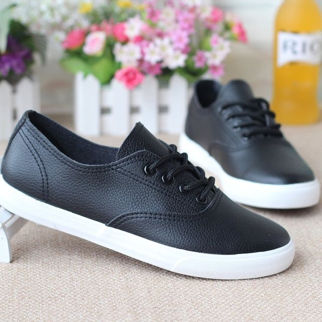 2017 Spring Shoes/New Shoes/Simple Fashion Shoes/Women and Men Size/Black and White/Popular Shoes with Good Quality