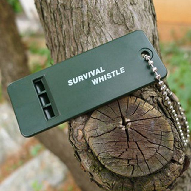 5pcs EDC Ultimate Essential Survival Rescue Tools  Emergency Sound Whistle keychain For Outdoor Hiking Bushcraft Useful FW020