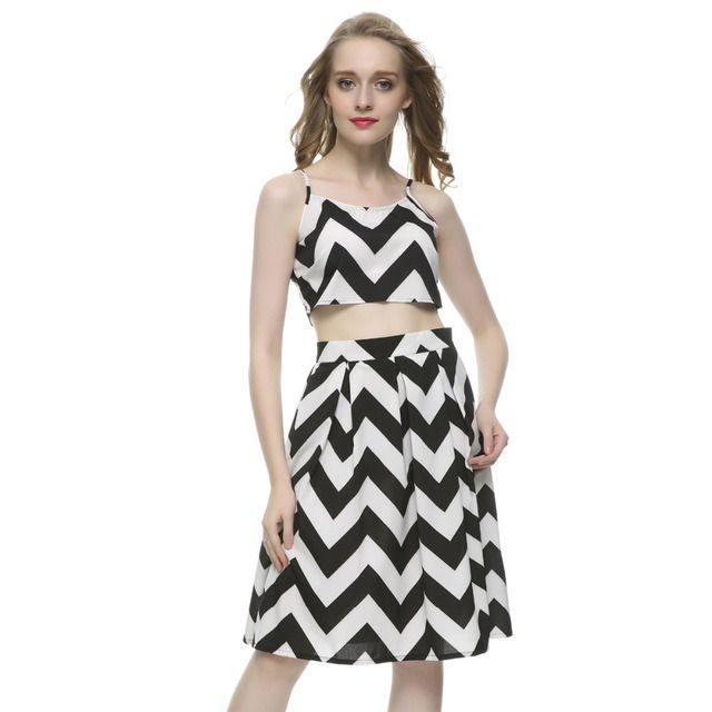 Women's sexy wave Stripe print two pieces dress backless strap crop top & pleated skirt casual brand design dress QZ1968
