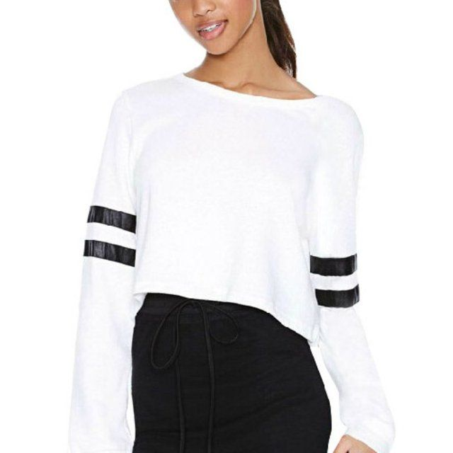 Casual Women Hoodies Long Sleeve Tops Round Neck Long Sleeve Striped Sweatshirt Pullover Coat Outwear