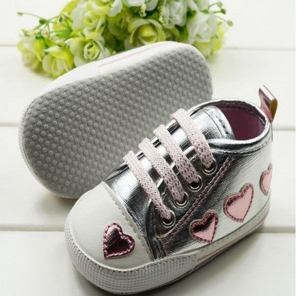 New First Walkers  0-18M Baby Toddler Girls Cute Shoes Silver Crib Heart Walking Soft Sneaker