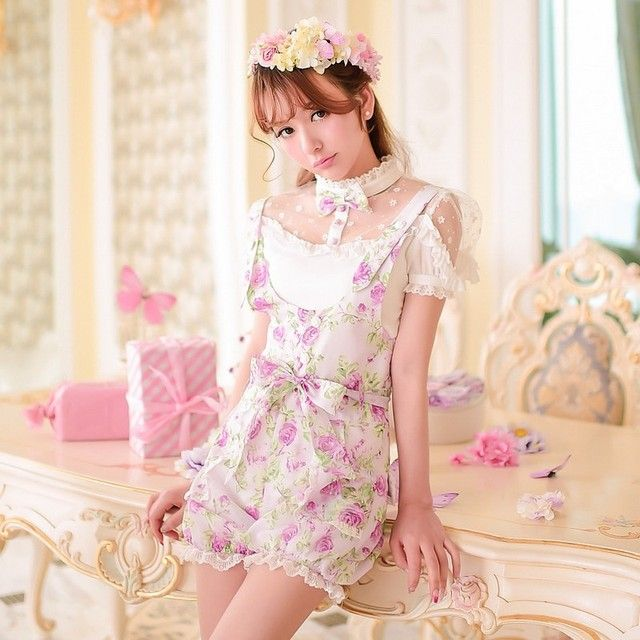 Princess sweet lolita shorts Candy rain Summer new Japanese style sweet bow floral Tall waist straps Lantern shorts  C15AB5711