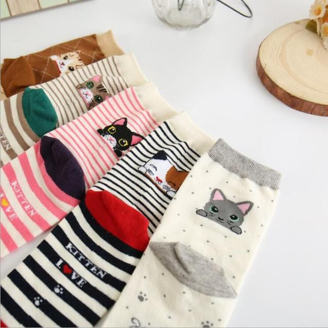 Autumn and winter female pure cotton socks cute cartoon cat in the tube socks fashion stripes leisure female socks free shipping