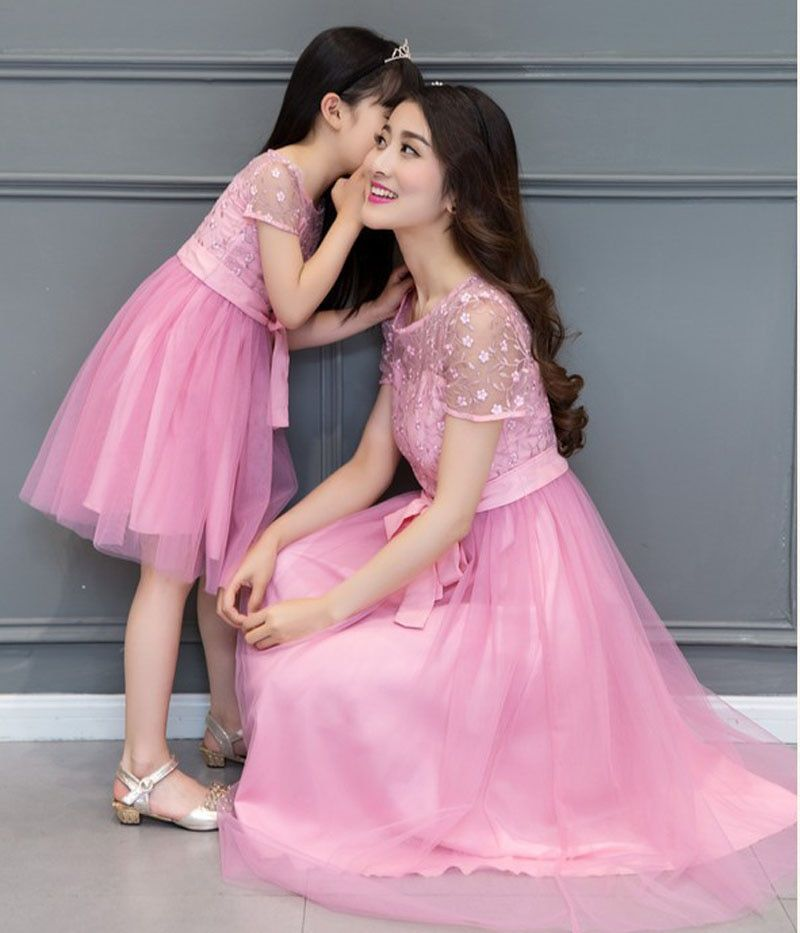 Matching Mother Daughter Wedding Dress 2017 Mother Daughter Lace Dresses For Wedding Party Family Clothes Vestido Mae E Filha