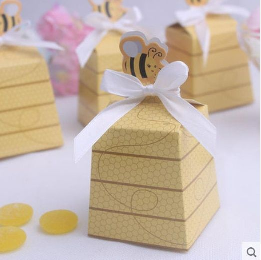 50pcs New Yellow Bee Style Baby Shower Birthday Party Favors Box Wedding Favors Candy Boxes Gift Box with White Ribbons