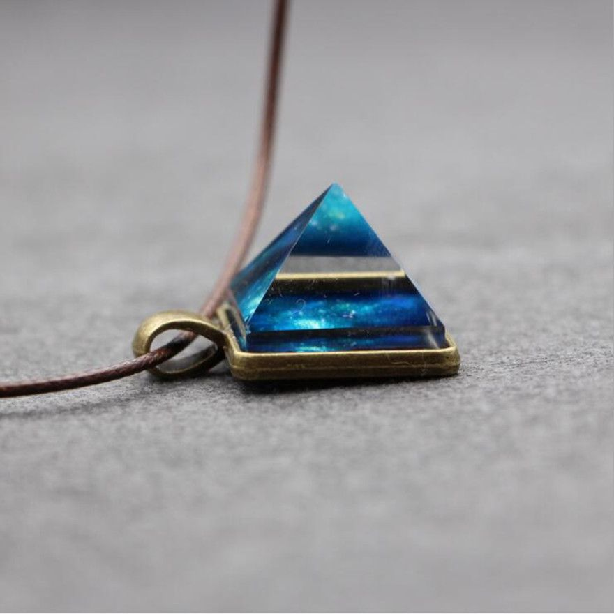 High Quality Glowing Crystal Glow in the Dark Pyramid Pendant Outer Space Star Dust Necklace Triangle Geometric Magic Necklace