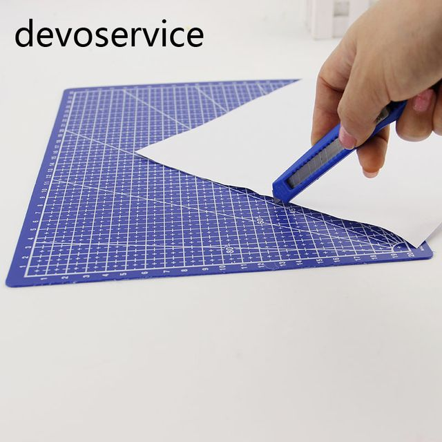 Hot Sale A4 Grid Lines Cutting Mats Craft Card Plastic Paper Board Office School Supplies Cutting Paper Plate 30*22CM