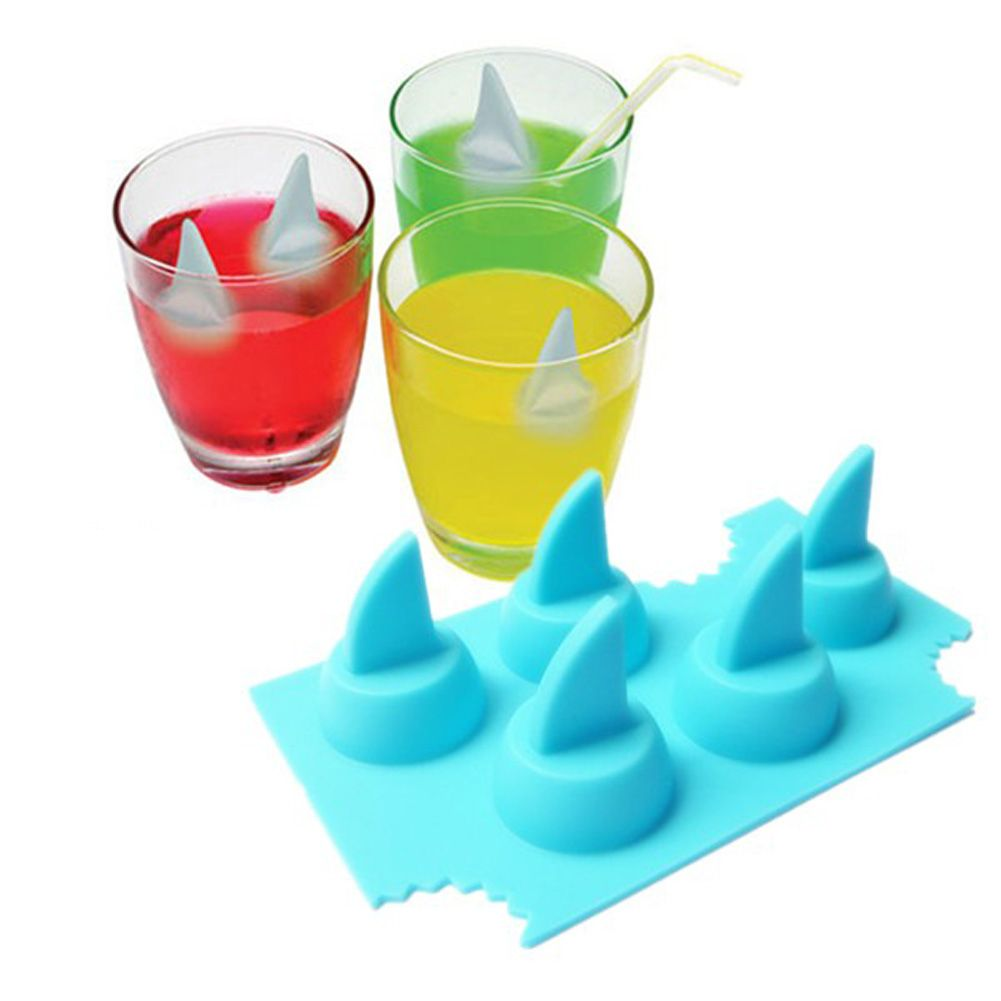 Drink Ice Tray Shark Fin Shape Ice Cube Freeze Mold Ice Maker Mould  13.2*8.2*3.8cm HG0856
