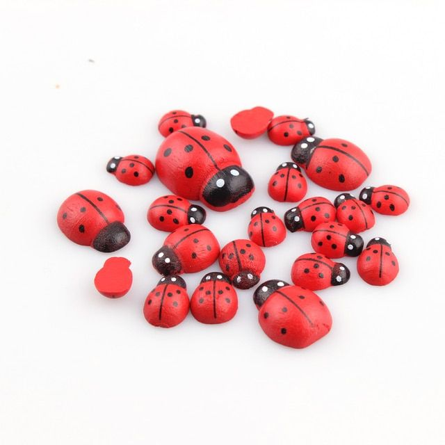 Mulity Size Red wooden Buttons Mini Ladybird Buttons Sewing Tools Decorative Button Scrapbooking Garment DIY Apparel Accessories