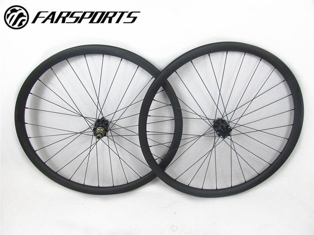 Asymmetric mountain bike wheelsets ! 29er durable carbon wheelsets 28H 28H spoke holes 33mm wide 30mm deep, thru axle 12mm