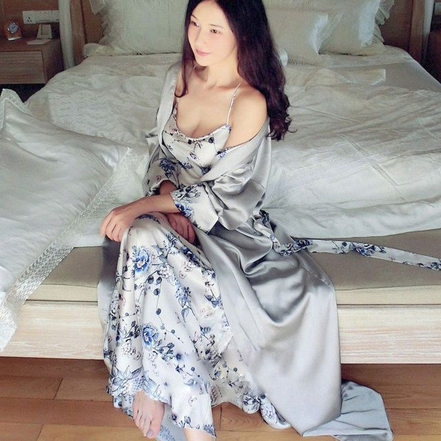 High-end Women Sexy Silk Satin Nightgown Luxury Sleepwear Female Nightwear Plus Size Night Dress Home Wear Pajamas Long Robes