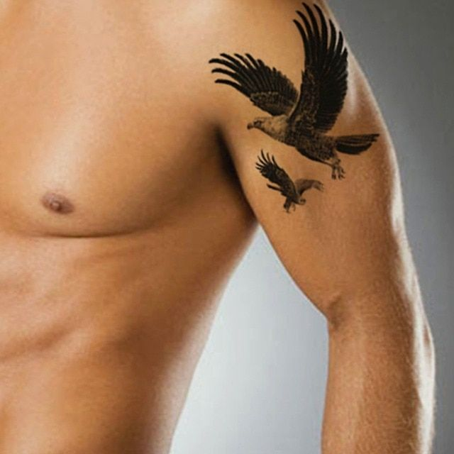 Black Flying Eagle Fake Tattoo Arm Bird Body Art Hawk Tattoos for Cool Man Waterproof Temporary Tattoo Sleeve Men Stickers Paste