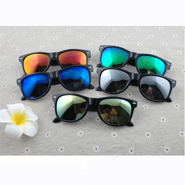 4 Color 2017 New Fashion Hot Sale Sunglasses Women And Men Brand Designer UV400 Sun Glasses Retro Mirrored