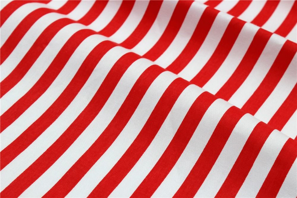 100% cotton fabric,16010532,50 cm * 150 cm  Half a meter cartoon series cotton Red stripes fabric, DIY home textile .