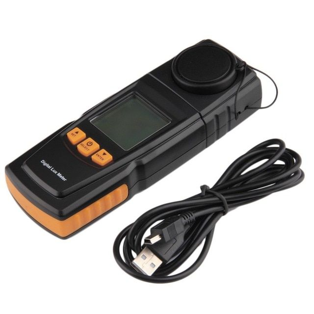 2016 Top Sale GM1020 LCD Display Handheld Digital Lux Light Meter Photometer Up to 200,000 Lux handheld r Hard PVC Cover Case