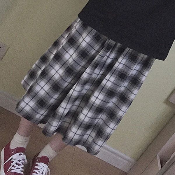 Women's Vintage Winter Long Black & White Plaid Checks Long Skirt Easy Match Big Hem Girls Skirt One Size