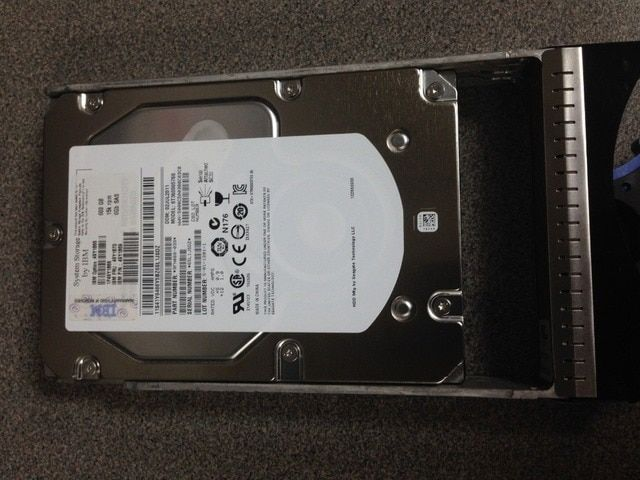 New original 49Y1866 49Y1870 600G 15K SAS 3.5 DS3500 DS3512 Server Hard Disk
