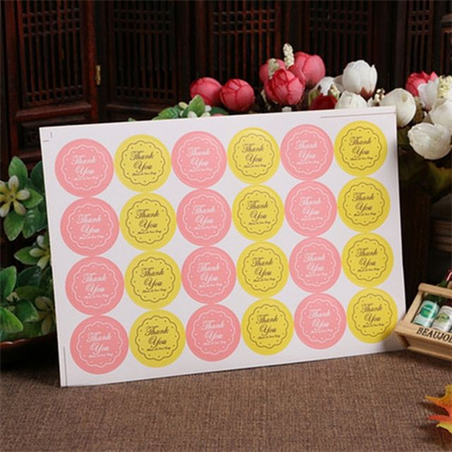 2017 Hot Sale 240pcs/lot Yellow/pink Thank You Design Sticker Labels Food Seals, Gift Stickers For Wedding Seals Free Shipping