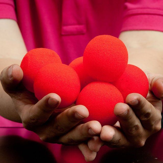 10PCS 4.5cm Finger Magic Tricks Props Sponge Balls Close-UP Street Classical Illusion Stage Comedy Tricks Magic Balls 2017