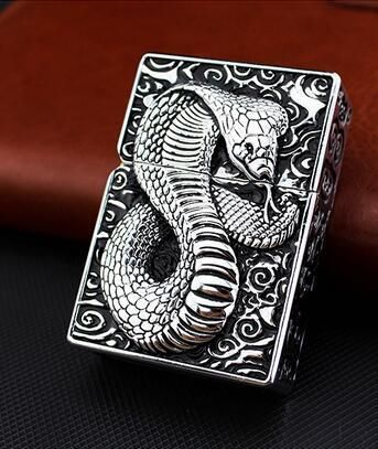 Silver cobra home furnishings Zorro kerosene domineering terrorist individuality creative ultra-thin windproof lighters cobra