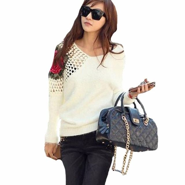 Fashion Blusas 2017 Women Casual Loose V-Neck Long Sleeve Knitted Pullover Sweater Hollow Out Shoulder Rose Tops 2 Colors