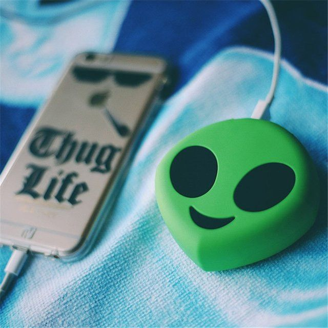 Alien Skull Tear Emoji Power Bank Portable Mobile Powerbank Charger for iPhone Samsung HTC LG External Battery Pack Power Bank