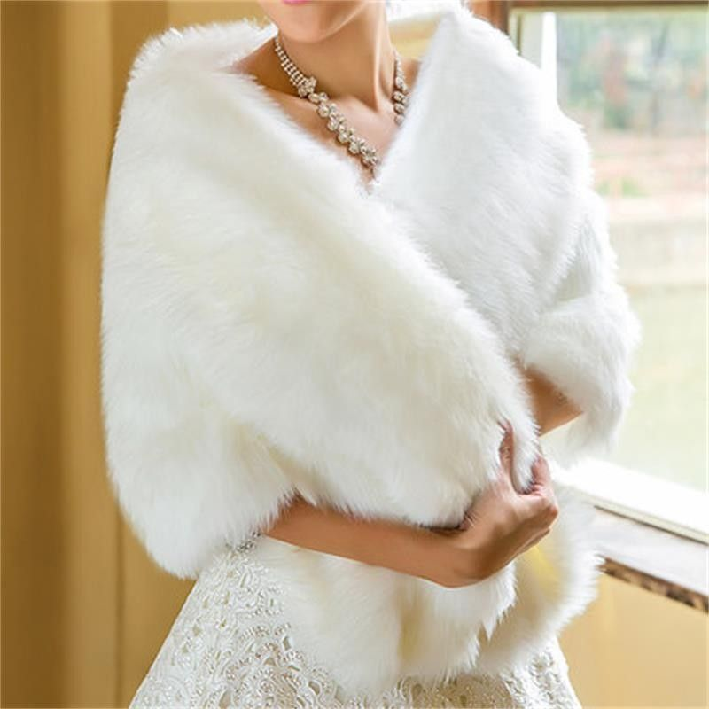 2017 White Fur Bolero Shawl Wedding Coat Bridal Wraps Bolero Faux Fur Wedding Bolero Ivory Winter Wedding Jacket