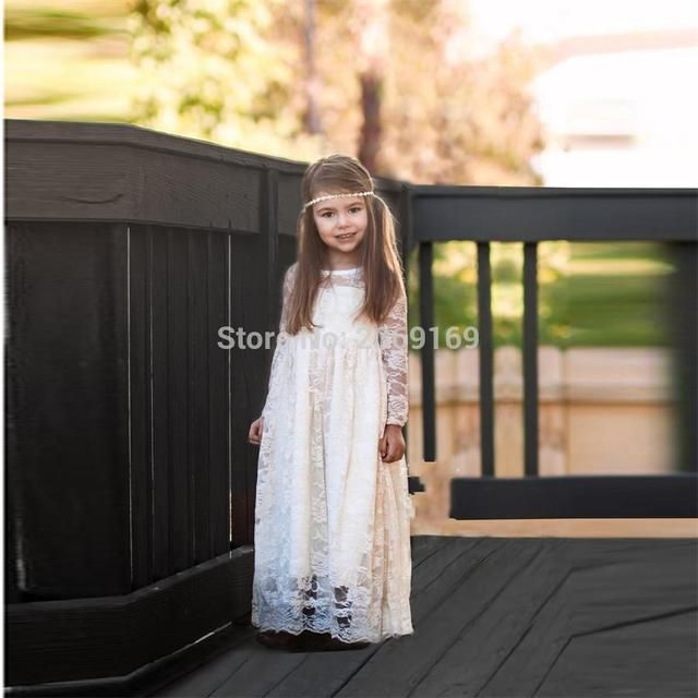 Ivory Lace Flower Girls Dresses 2017 New Sweet Girls First Communion Dresses Long Sleeve A Line Bohemian Designer Party Gown
