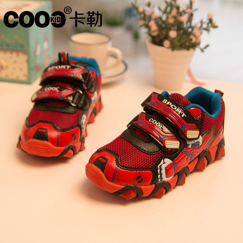 Children's Shoes 2016 New Spring Autumn Iron Man Flasher Fashion Sports Sneakers For Kids Boy Shoes Boys Size 26-31