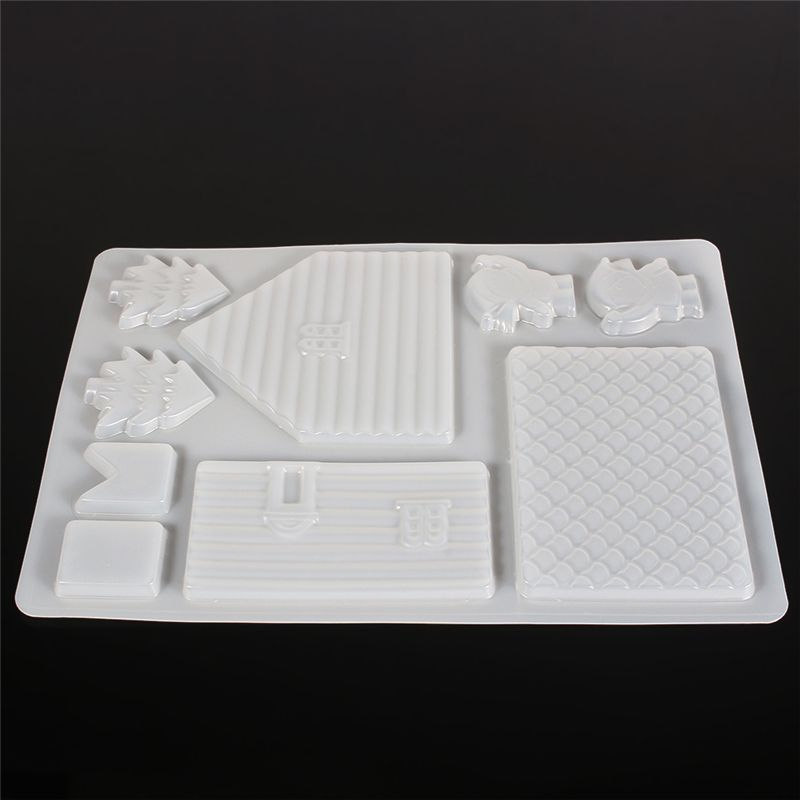 Creative Christmas Gingerbread House Shaped Chocolate Mold Cake Decorating Tools Plastic Moldes Mould Cake Pastry Tools