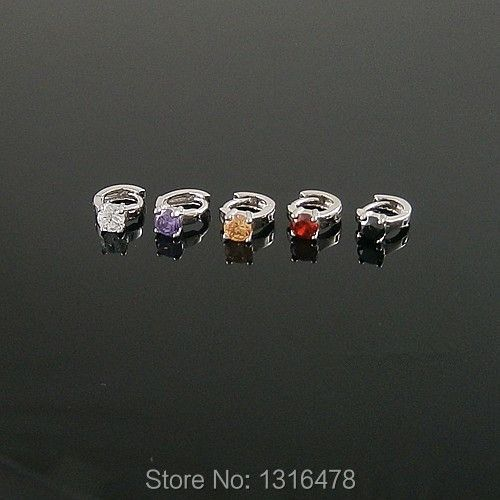New small boutique special 925 sterling silver earrings four claw zircon ear bones fungus buckle inner diameter of 6mm