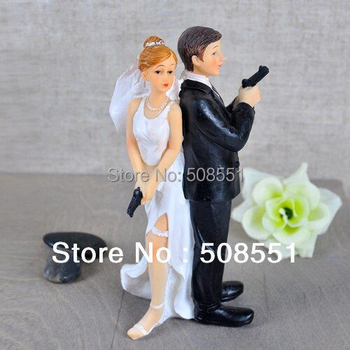 """Secret Agents"" Bride & Groom Wedding Cake Topper For Wedding Party Cake Decoration Resin Craft Gift"