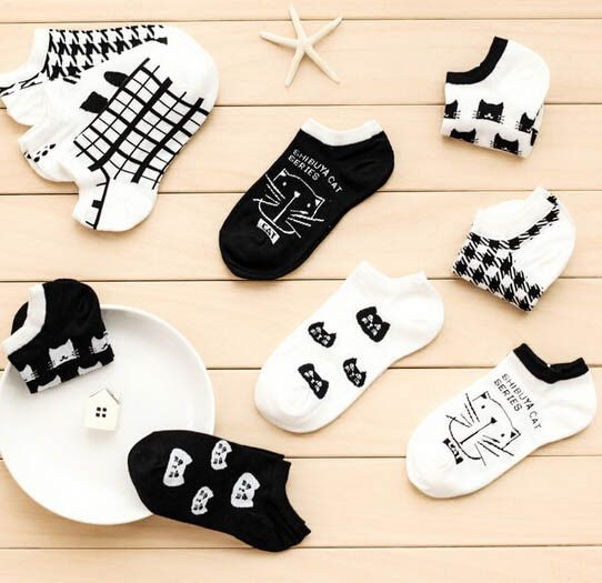 CAT Warm comfortable cotton bamboo fiber girl women's socks ankle low female invisible  color girl boy hosier 1pair=2pcs WS66