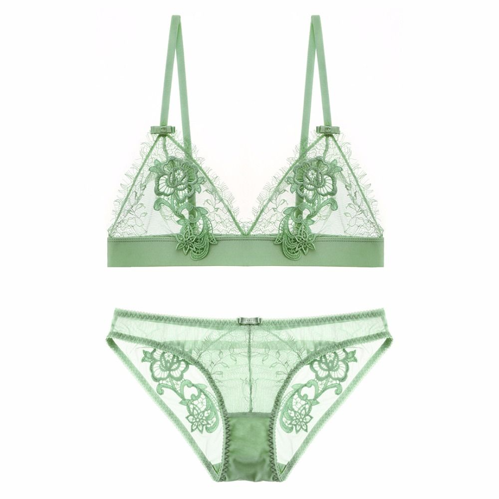Sexy Triangle cup bra set No rims  French lace water soluble take sexy High quality comfortable breathable transp underwear suit