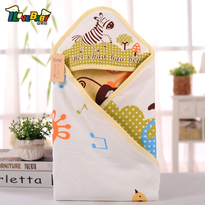Baby holds newborn parisarc baby blankets cotton soft and comfortable summer